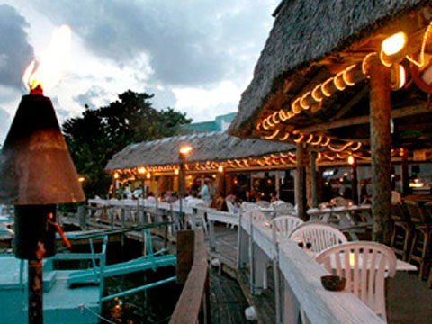 Sner S Waterfront Restaurant 139 Seaside Ave Key Largo Fl 33037 305 852 5956